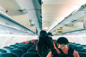 Consejos para evitar el estreñimiento cuando viajas - HeelProbiotics - HeelEspaña