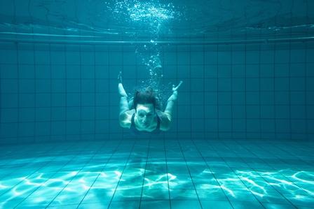 Cloro de la piscina:cómo nos afecta - HeelEspaña