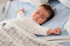 Consigue dormir bien en verano - HeelEspaña