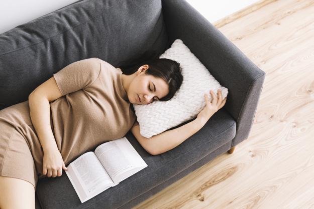 ¿Cuánto tiempo es bueno dormir la siesta? - HeelEspaña