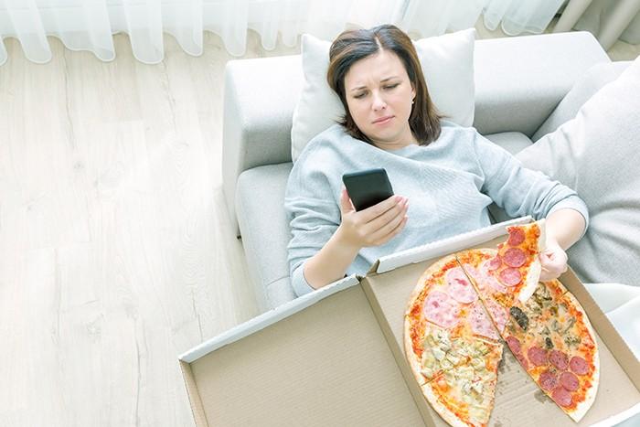 Ansiedad por comer: causas - HeelEspaña