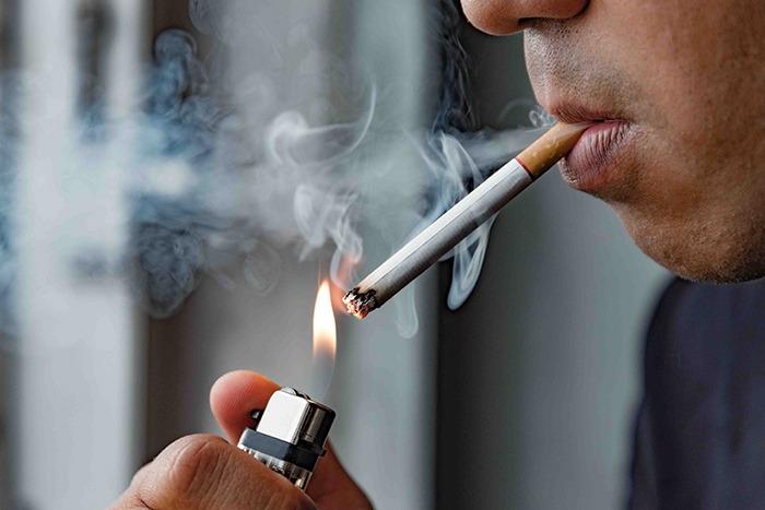 Tabaco: cómo combatir el mal aliento - HeelEspaña