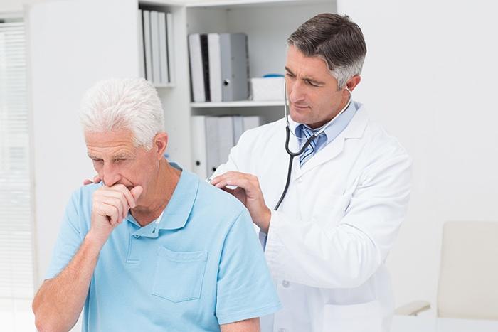 Consejos médico para saber cómo calmar la tos - HeelEspaña