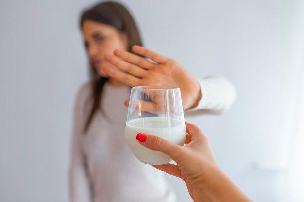 Cómo cortar la diarrea: intolerancia lactosa - HeelEspaña