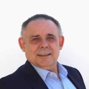 Dr. Julián Antonio Carvajal Gómez