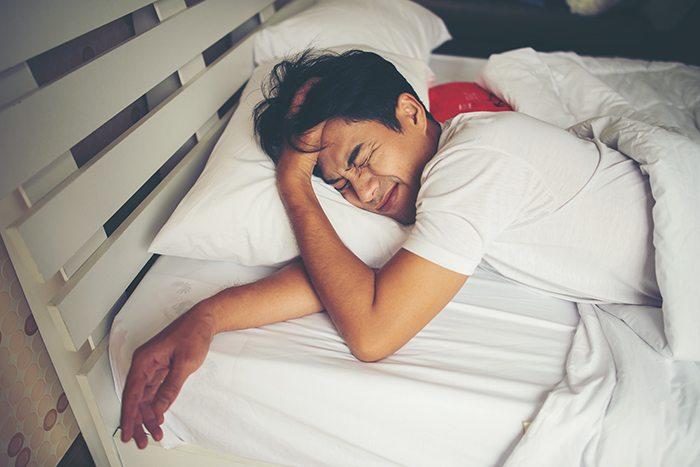 Cómo dormir bien sin recurrir a fármacos: ventajas dormir bien - HeelEspaña