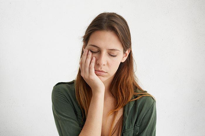 Busca los beneficios de la siesta