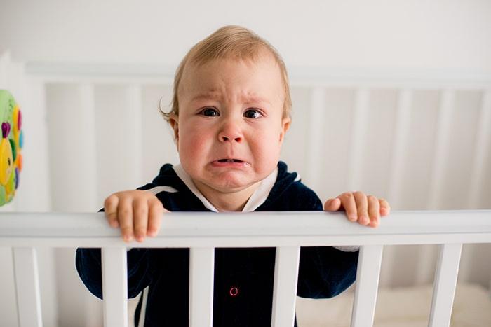 ¿Ayuda la melatonina a domirse a los bebés?