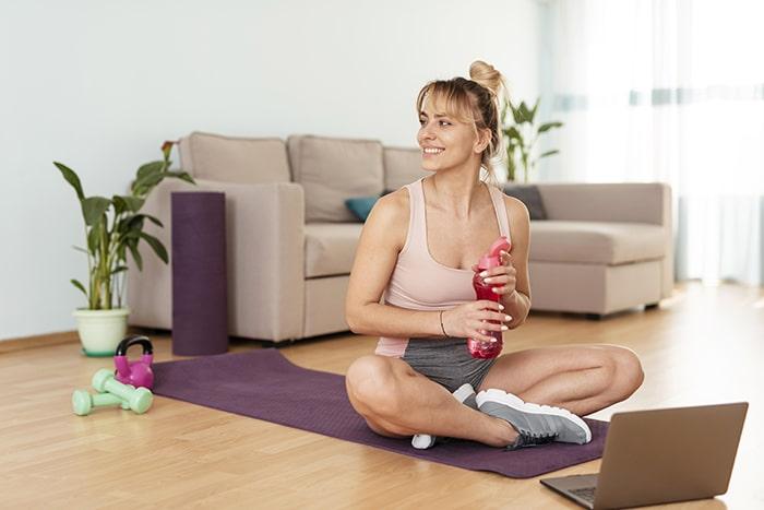 El ejercicio te ayuda a evitar la retención de líquidos