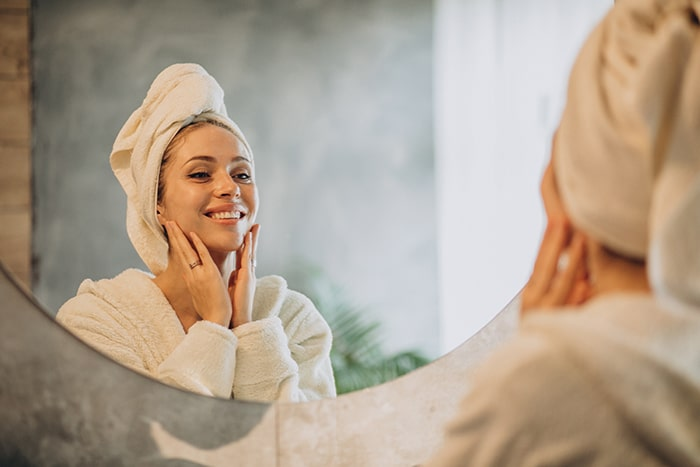 Cuida tu piel con agua micelar