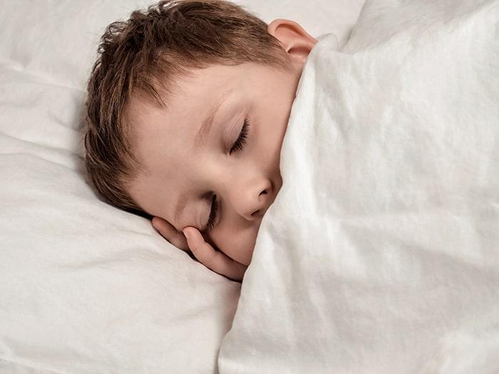 Por qué es útil usar melatonina en niños